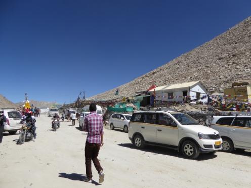 At Chang La pass