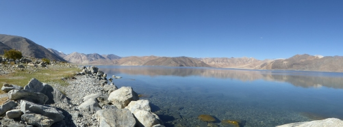 Panoramic view of the Pangong Tso Lake