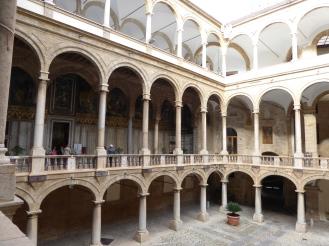 Italy - Sicily - Palermo - Palazzo dei Normanni courtyard